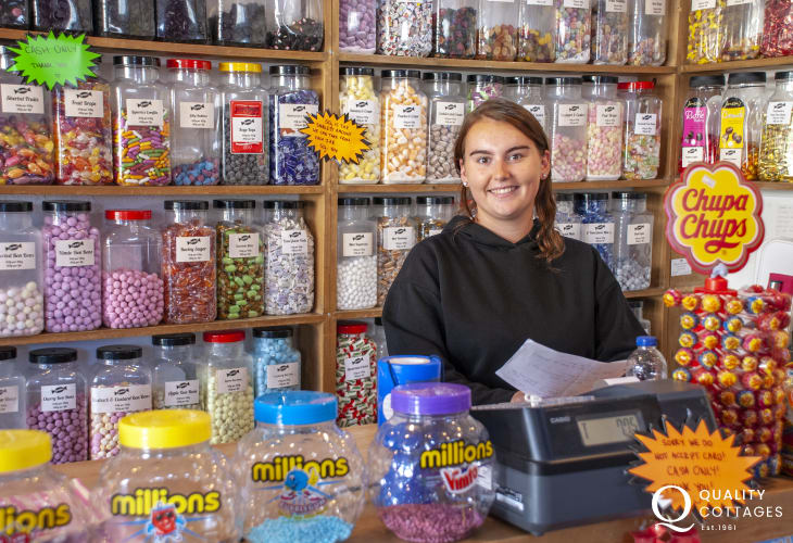 Loshins is a lovely, traditional old fashioned sweet shop with lots of choice