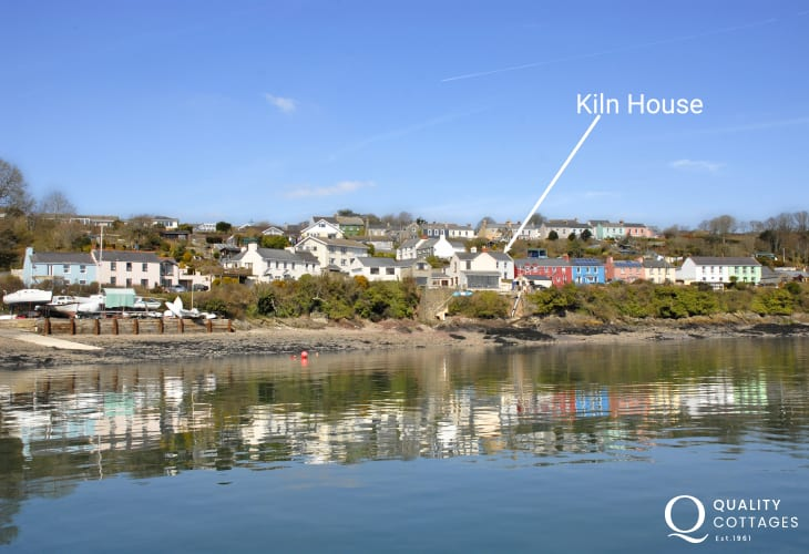 Pembrokeshire holiday cottage on the Haven Waterway