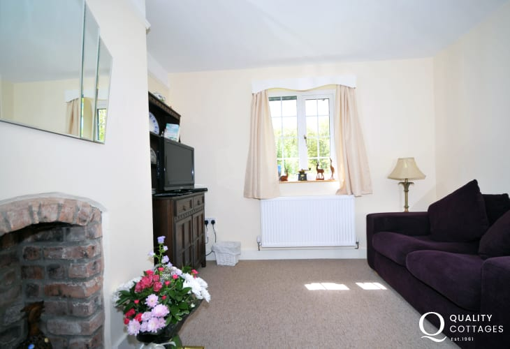 Brithdir holiday cottage -  dining room