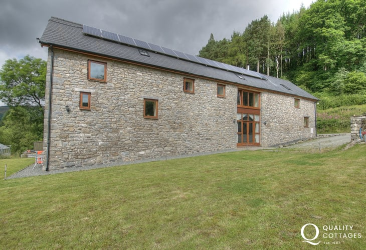 Holiday house sleeping 10 Wales