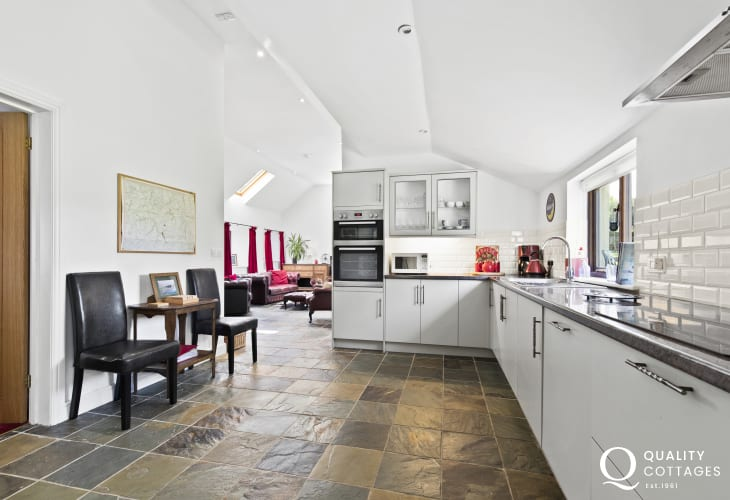Museum of Childhood nearby holiday cottage fully equipped fitted kitchen 5 steps down to dining and seating area