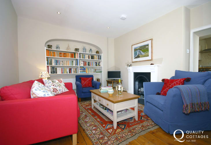 Pembrokeshire holiday cottage lounge