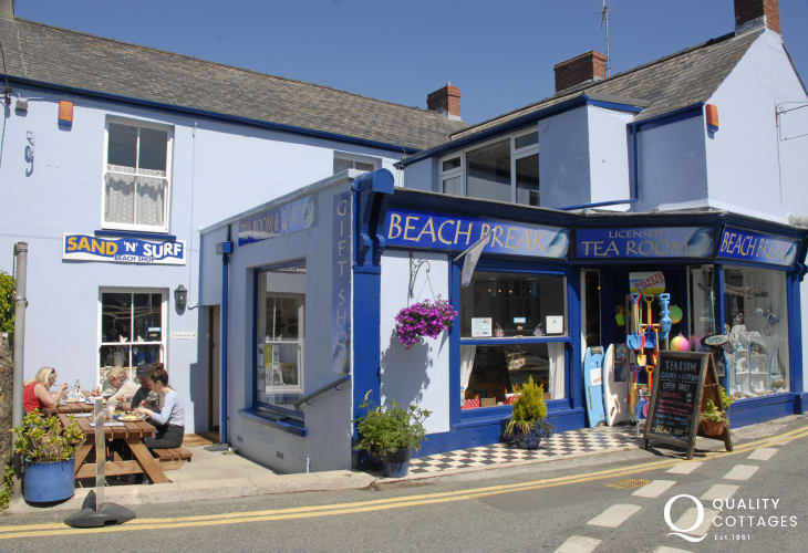 Beach Break Tea Rooms serve delicious homemade food and ice creams