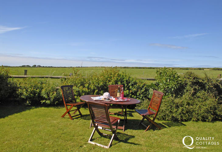 St davids Pembrokeshire holiday home gardens with countryside views