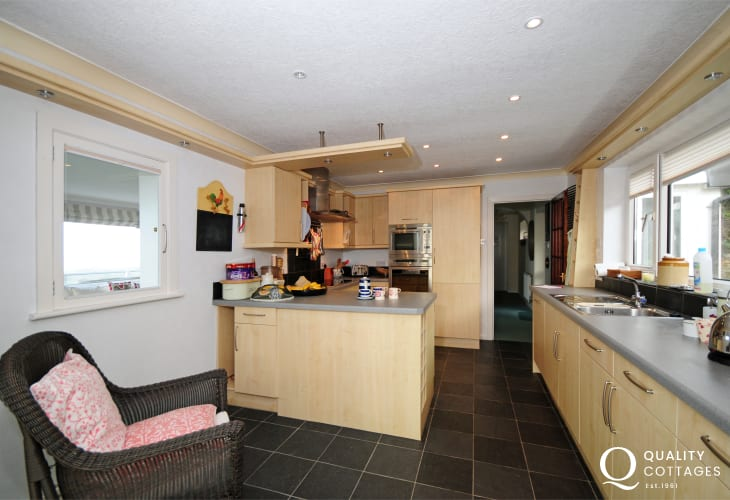 Large Kitchen in holiday home Harlech