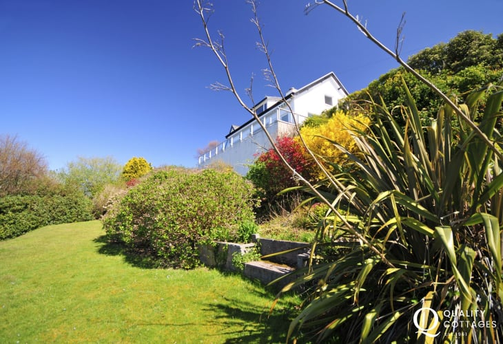 Holiday cottage in Snowdonia - views across Harlech Beach to the Llyn Peninsula and inland to Snowdonia - the garden.
