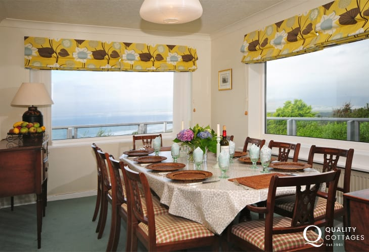 Large holiday cottage with panoramic sea views in Harlech, North Wales - dining room.
