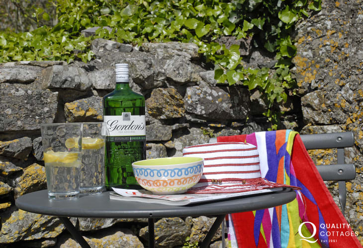 Relax in the garden at Cathedral Cottage