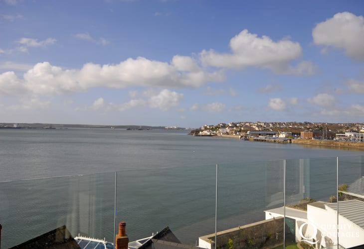 Enjoy panoramic views across the ever-changing Haven Waterway from almost every room in this luxury waterside apartment