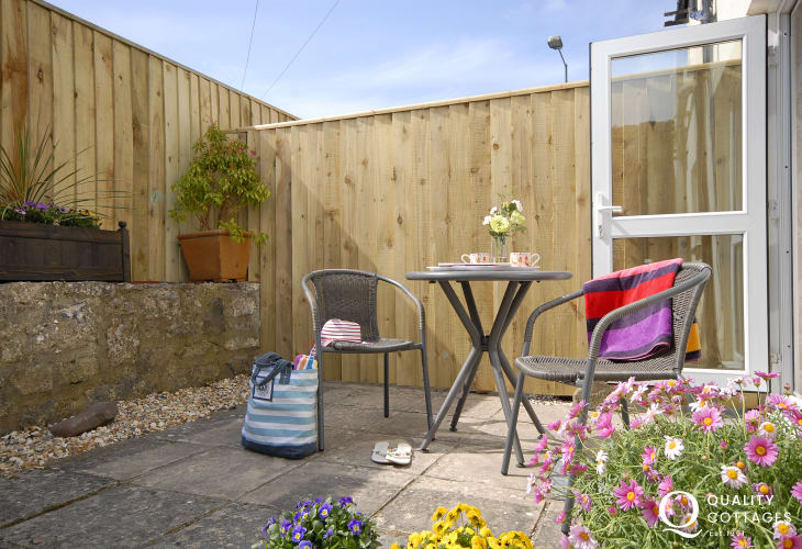 Coastal cottage in Pembrokeshire - private enclosed patio and pets welcome