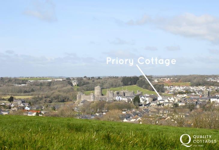 Pembroke Castle holiday cottage
