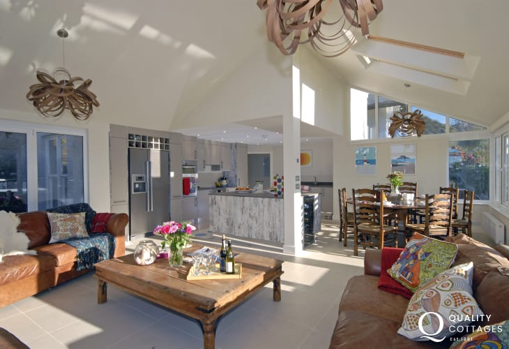 Pembrokeshire modern family holiday home with modern open plan kitchen/diner/living area