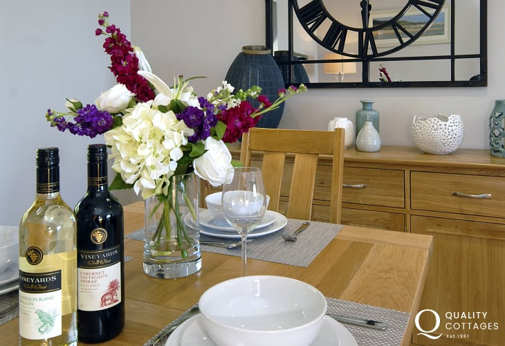 South Pembrokeshire luxury riverside holiday apartment