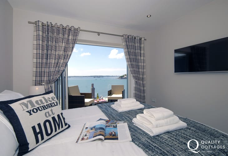 South Pembrokeshire holiday apartment master bedroom with stunning river views