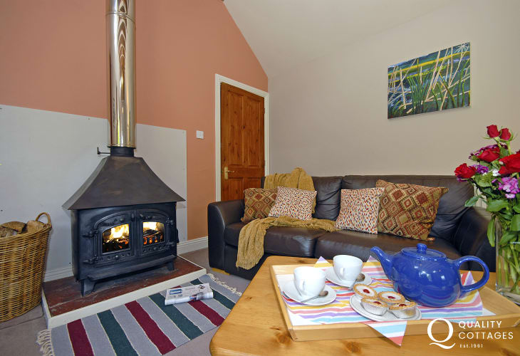 Harbour View, Porthgain is a lovely place to relax with family and friends at any time of year