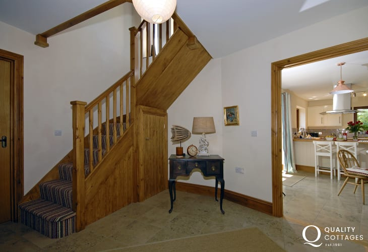 Pet free holiday cottage Stackpole Pembrokeshire with enclosed garden-hall