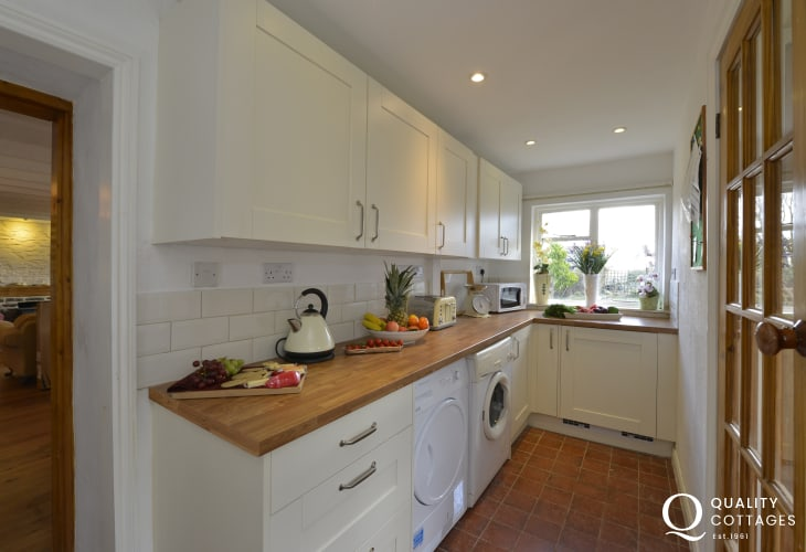 North Pembrokeshire self-catering holiday cottage - galley style kitchen