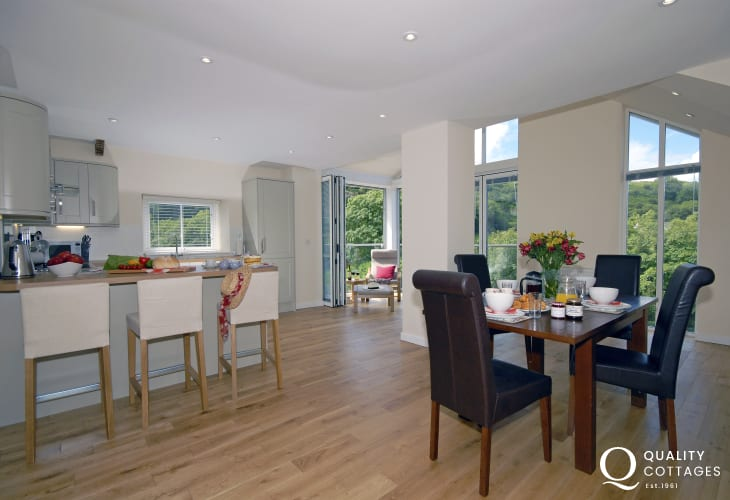 Pembrokeshire National Park holiday home-open plan