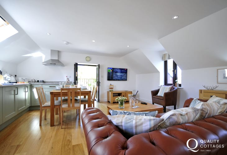 Newborough holiday cottage - lounge