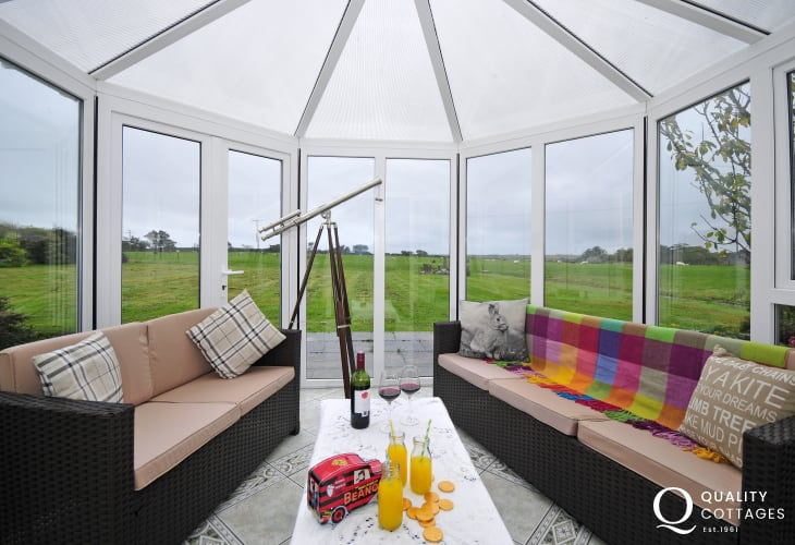 Aberffraw holiday cottage - conservatory