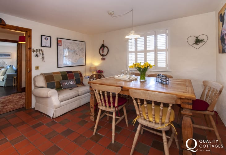 Chill and relax at this cosy Pembrokeshire cottage near the coast