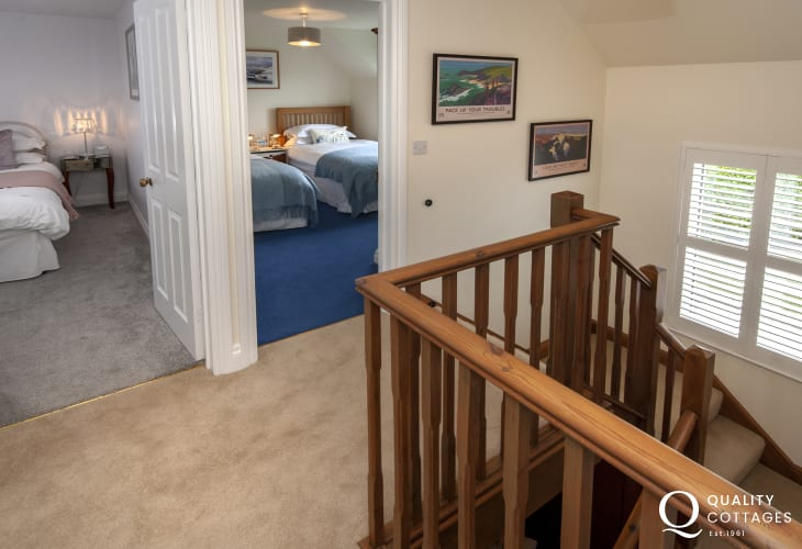 Pembrokeshire family holiday cottage - first floor landing
