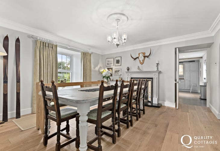 Wisemans Bridge large self catering family home - dining room with feature fireplace