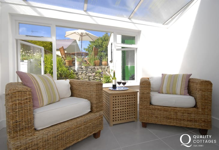 St Davids Peninsula holiday cottage - sunroom