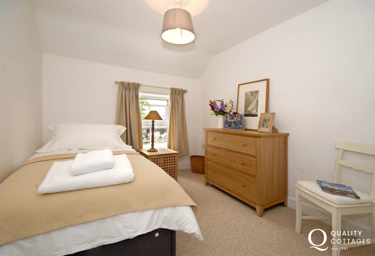 St Davids holiday cottage sleeping 4 - single