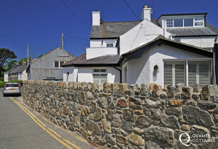Morfa Nefyn holiday cottage with wifi - exterior