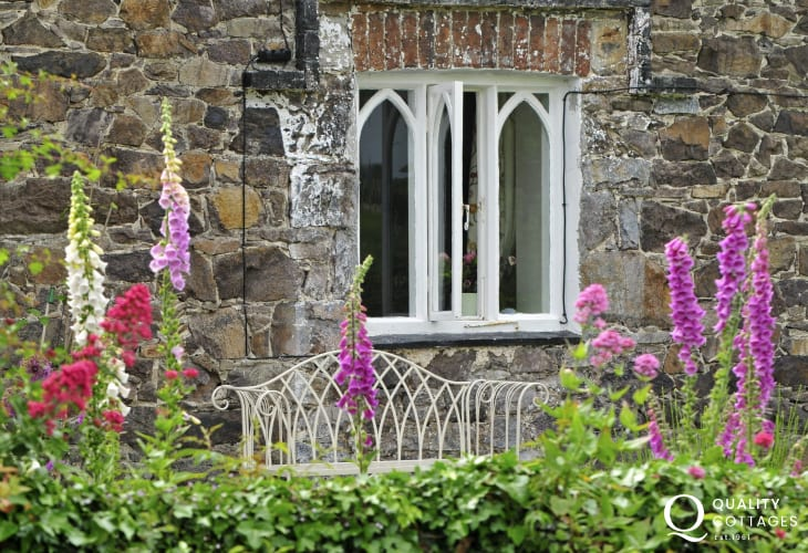 Coastal cottage north Wales - exterior