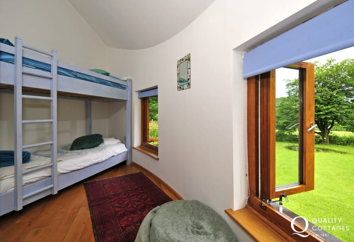 Pet free holiday cottage Llandovery - bedroom