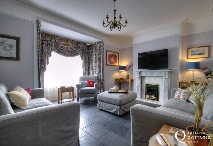 Large holiday house Aberystwyth - lounge