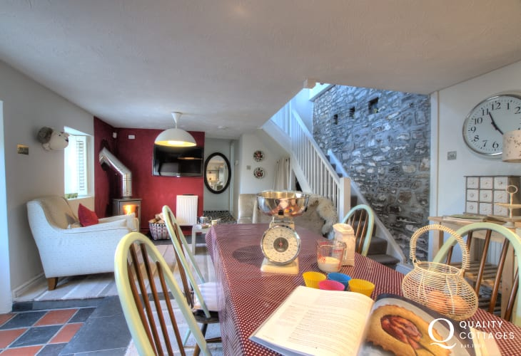 Self-catering Llansteffan West Wales - luxury kitchen/diner with American style fridge freezer