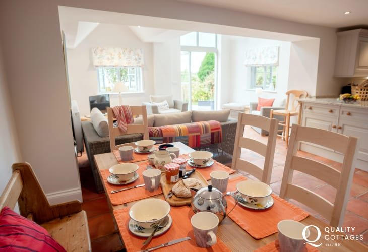 Wonderfully cottage positioned in the heart of Gower