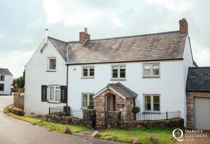 A luxury characterful cottage-sleeps 6