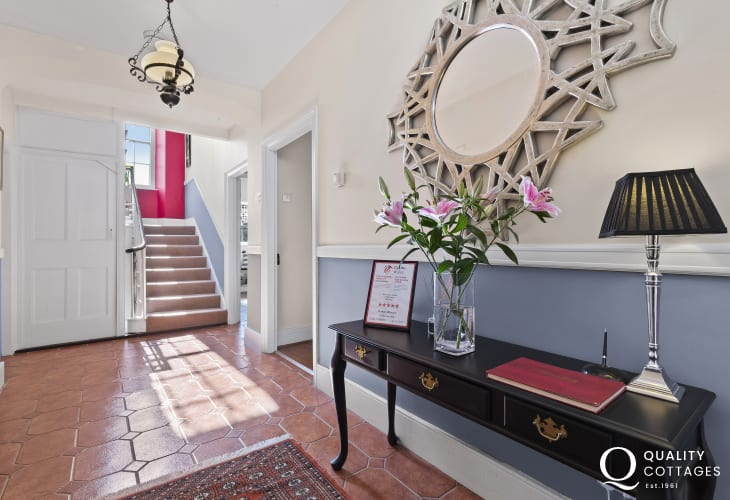 St Davids Grade II listed holiday home - entrance hall