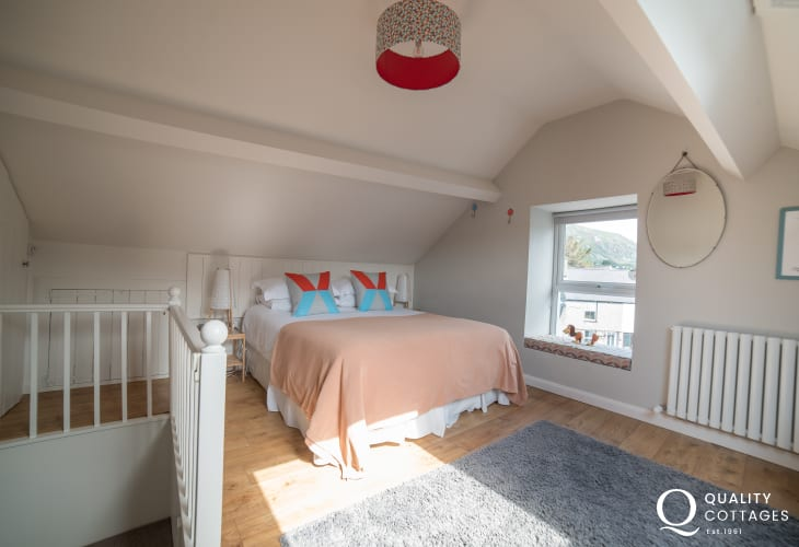 Coastal Cottage wales double bedroom