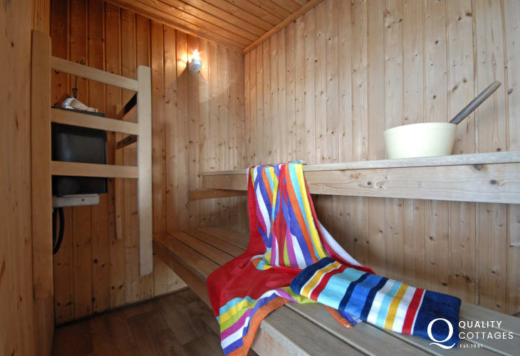 Pembrokeshire holiday home with pool and sauna