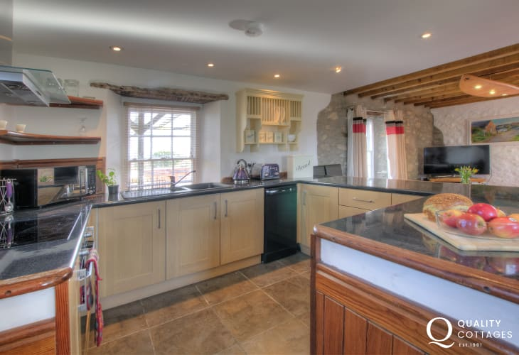 Pembrokeshire holiday cottage - kitchen