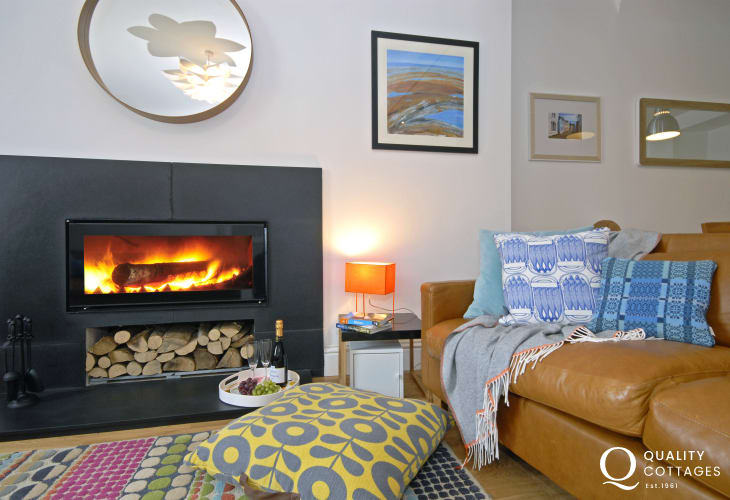 St Davids holiday cottage - log burner