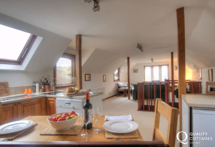 Holiday cottage for 2 Crickhowell - kitchen