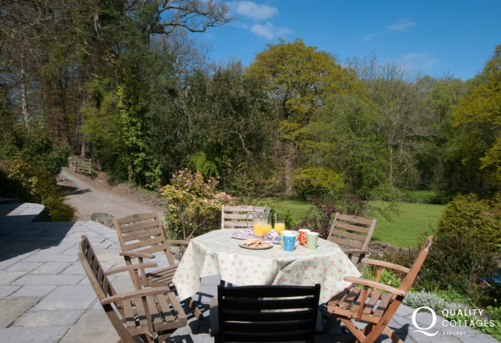 Ceredigion self catering  - patio