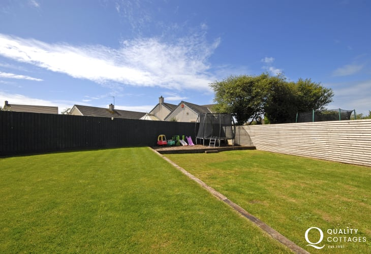 North Pembrokeshire cottage - garden