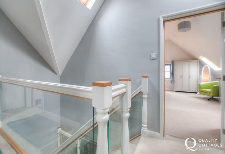 Modern St Davids holiday home - first floor landing