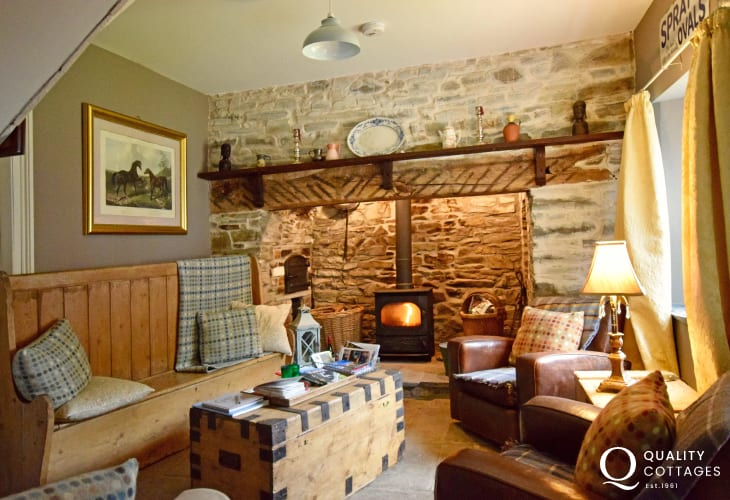 Gower Coast Cottage Snug