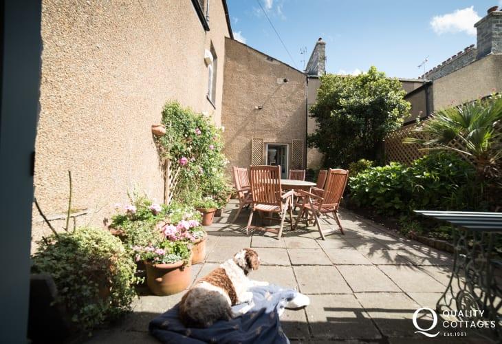 Anglesey town house Beaumaris - garden