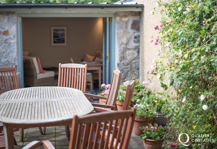 Pet friendly Anglesey holiday house