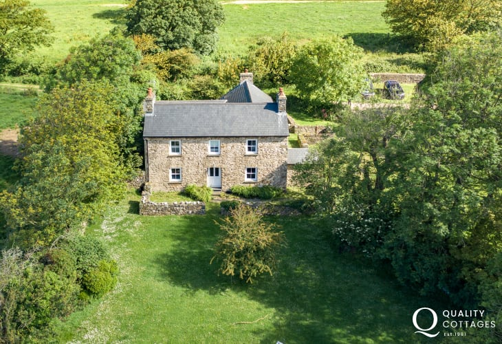 Aerial view cottage holiday house location