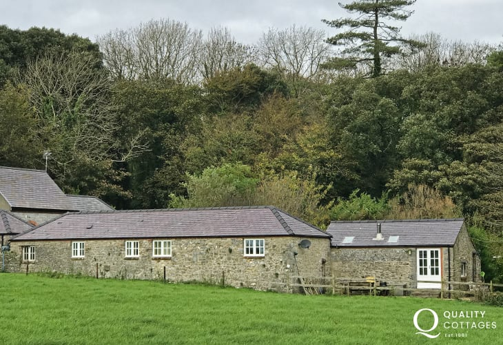 Stackpole holiday cottage - ext
